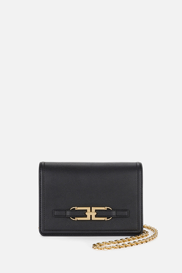 Shoulder bag with gold chain and logo
