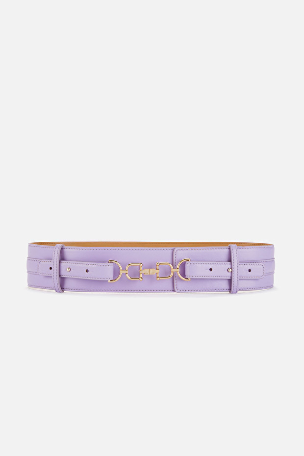 High waist belt with light gold clasp