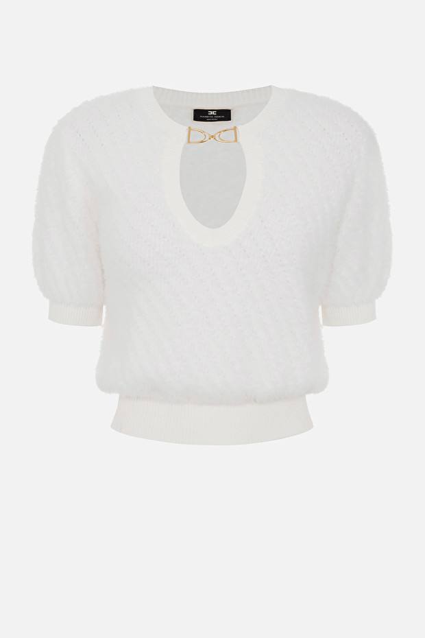 Short-sleeve cropped sweater with accessory
