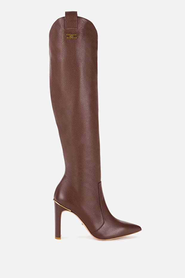 Pointed-toe over-the-knee boots