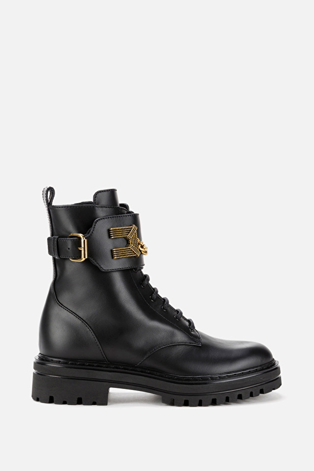 Combat boots with golden logo