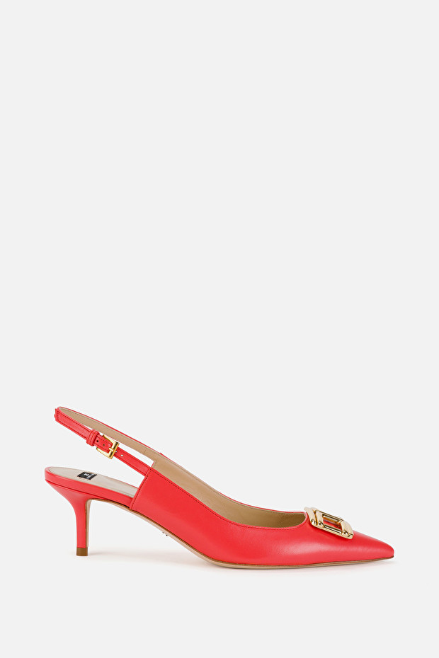 Open low heel pumps