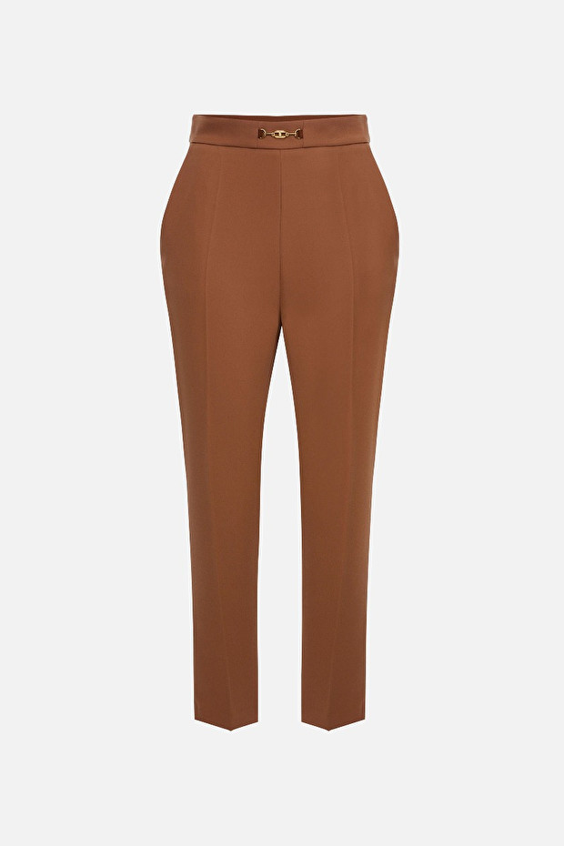 Capri trousers with darts